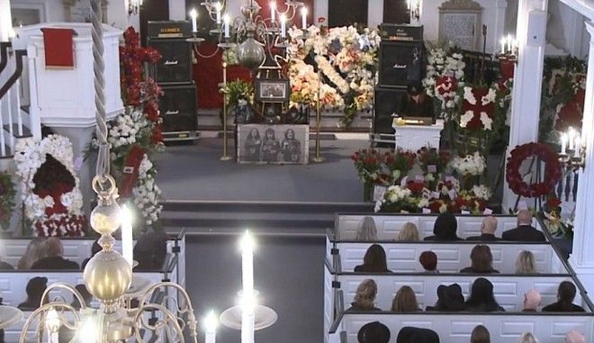 """Screengrab taken from You Tube of the memorial service of Motorhead frontman Ian """"Lemmy"""" Kilmister, at the Forest Lawn Memorial Cemetery in Los Angeles. PRESS ASSOCIATION Photo. Issue date: Saturday January 9, 2016. The British musician was diagnosed with an extremely aggressive form of cancer on Boxing Day and died just two days later at his home in Los Angeles, shortly after celebrating his 70th birthday. See PA story FUNERAL Lemmy. Photo credit should read: YouTube/PA Wire  NOTE TO EDITORS: This handout photo may only be used in for editorial reporting purposes for the contemporaneous illustration of events, things or the people in the image or facts mentioned in the caption. Reuse of the picture may require further permission from the copyright holder."""