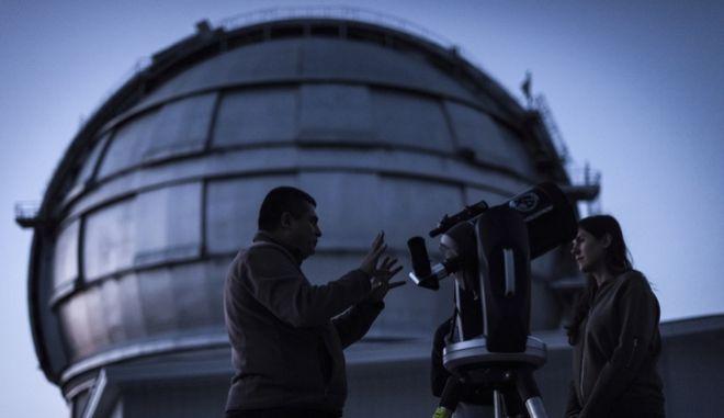 Τηλεσκόπιο - Φωτό αρχείου