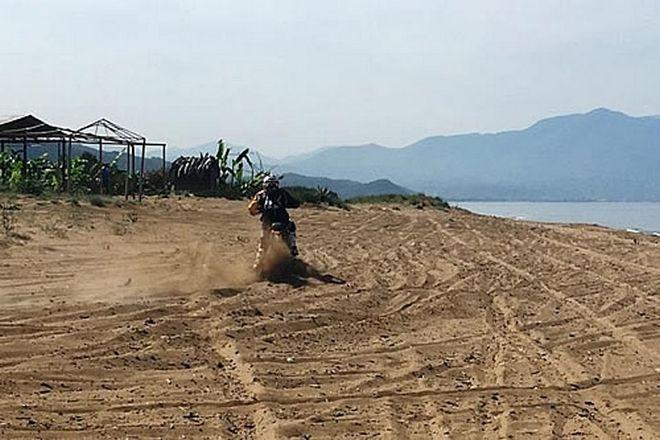 Ηλεία-Μεσσηνία: Αγώνες με μηχανές και γουρούνες στις φωλιές των Καρέτα-Καρέτα