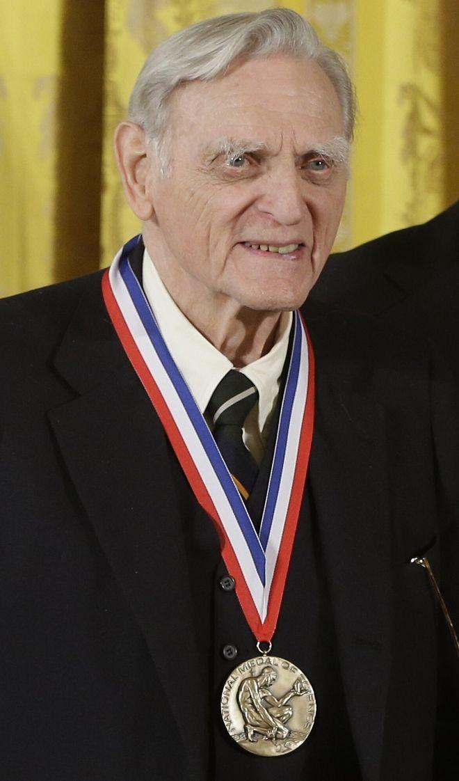 John Goodenough, νιικητής του βραβείου Νόμπελ Ειρήνης