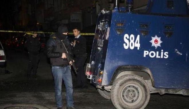 Τουρκία: Δύο γυναίκες νεκρές σε ανταλλαγή πυρών με αστυνομικούς