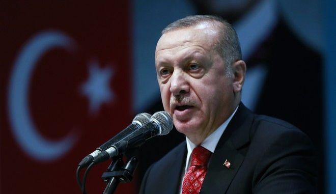 Ο Τούρκος πρόεδρος Ρετζέπ Ταγίπ Ερντογάν σε ομιλία του στην Κωνσταντινούπολη