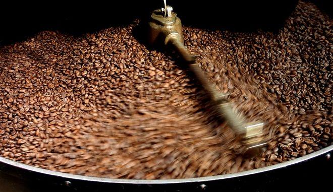 """Κλιματική αλλαγή και τιμές """"απειλούν"""" τον καφέ της Κόστα Ρίκα"""