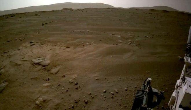 """Το """"Perseverance"""" στον Άρη"""