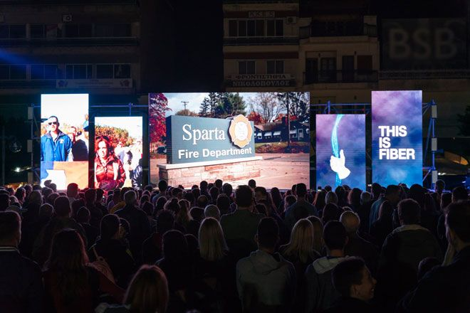 This is Sparta: Η απόλυτη εμπειρία Internet έφθασε στη Σπάρτη κι η είδηση ακούστηκε ως την Αμερική