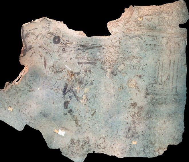 Φωτομωσαϊκό του χώρου ανασκαφής μετά την ολοκλήρωση της ανασκαφικής περιόδου στο ιστορικό ναυάγιο ΜΕΝΤΩΡ στον Αβλέμονα Κυθήρων από την Εφορεία Εναλίων Αρχαιοτήτων υπό τη διεύθυνση του αρχαιολόγου Δρ. Δημήτρη Κουρκουμέλη.