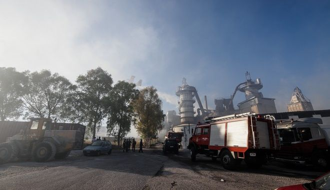 Πυρκαγιά κοντά στον ΧΥΤΑ της Φυλής την Κυριακή 30 Ιουνίου 2019.  (EUROKINISSI/ΓΙΑΝΝΗΣ ΠΑΝΑΓΟΠΟΥΛΟΣ)