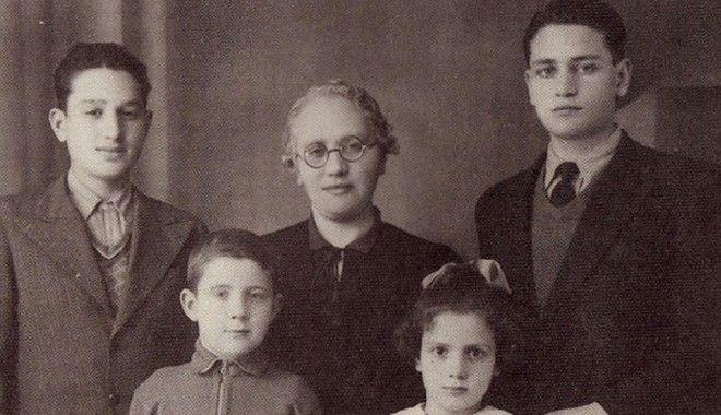Η οικογένεια των Μανώλη και Νίκου Γλέζου