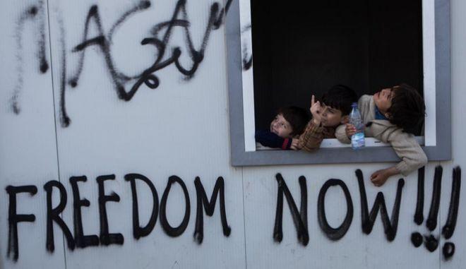 Ιβάνοφ: Η ΠΓΔΜ δεν θα αποκτήσει προσφυγικούς καταυλισμούς