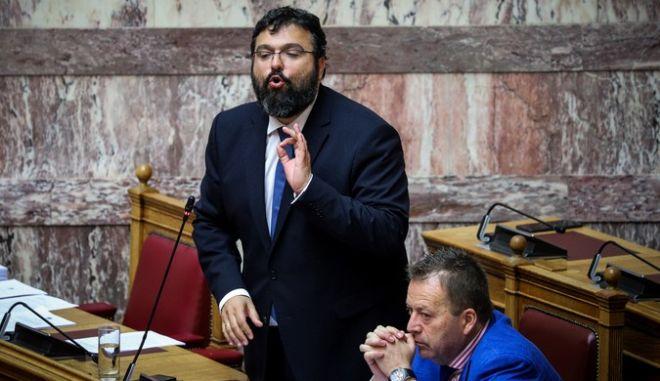 Ο Γιώργος Βασιλειάδης στη Βουλή