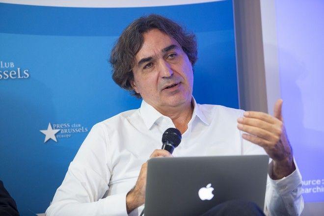 Ογκολόγος Γιάννης Μπουκοβίνας.