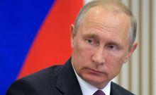 Πούτιν - Ρωσία: 5 πίνακες που δείχνουν πώς τους βλέπουμε οι Έλληνες