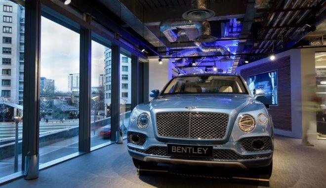 Αυτή η Bentley λειτουργεί και ως ηλεκτρονικό πορτοφόλι