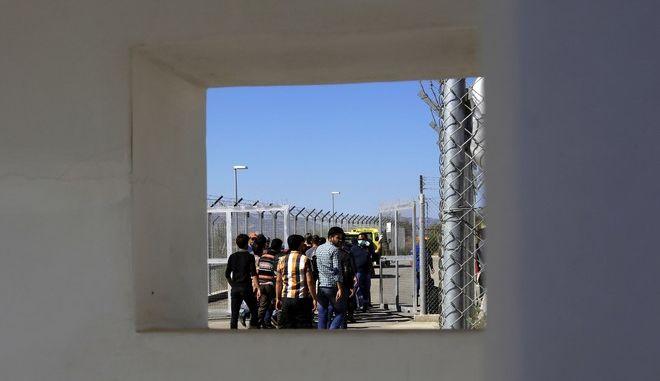 Πρόσφυγες από τη Συρία σε camp στην Κύπρο