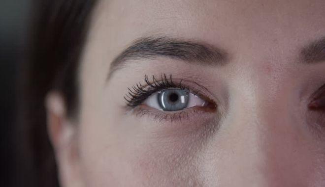 Κοντινό σε ανθρώπινο μάτι