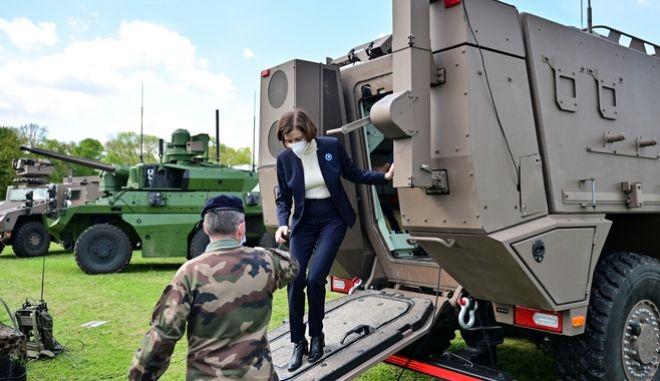Η υπουργός Άμυνας της Γαλλίας, Φλοράνς Παρλί.