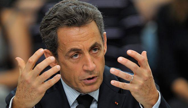 """Ο Σαρκοζί θεωρεί """"σκανδαλώδη"""" τη μεταχείρισή του από τη γαλλική δικαιοσύνη"""