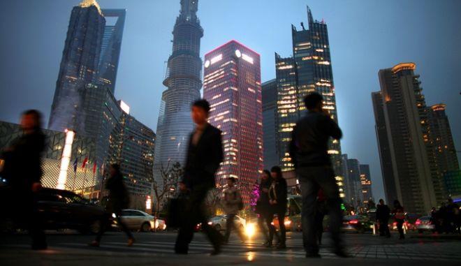 Η Κίνα καλεί τις ΗΠΑ για οικονομική συνεργασία