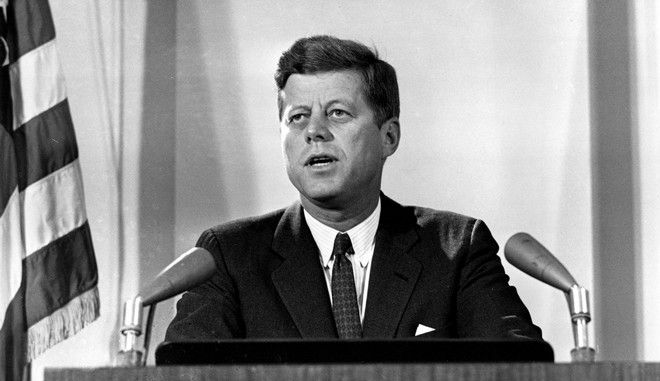 Κένεντι: Ο πατέρας της ημέρας του καταναλωτή και τα τέσσερα βασικά δικαιώματα της αγοράς