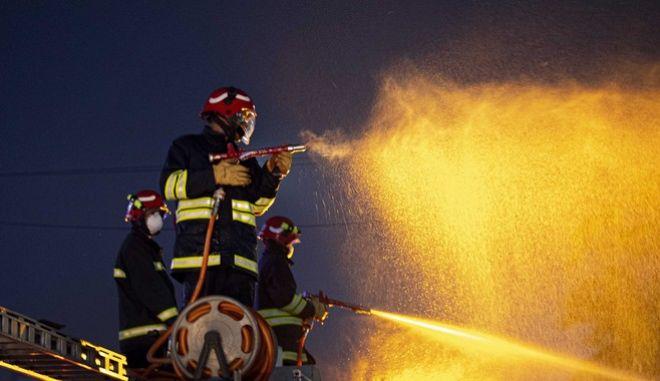Πυροσβέστης στην Ινδία (ΑΡΧΕΙΟΥ)