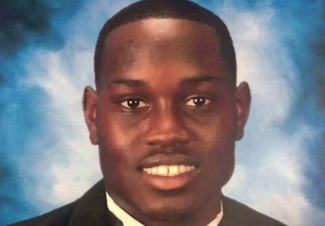 Ο Αχμάντ Αρμπερι, θύμα ρατσιστικής δολοφονίας