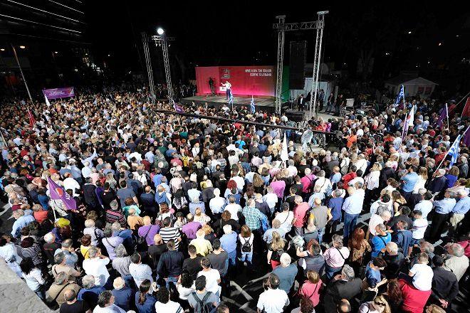 Στιγμιότυπο από ομιλία Αλέξη Τσίπρα στο Ηράκλειο της Κρήτης