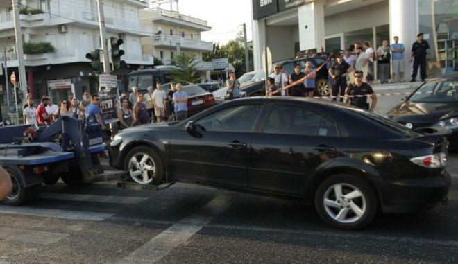 Αγνωστοι εκτελεσαν εν ψυχρω  (αγνωστων μεχρι στιγμης στοιχεια )  μεσα στο αυτοκινητο του στην Λ.Μαραθωνος στον γερακα Αττικης  ΦΩΤΟ ΧΡΗΣΤΟΣ ΜΠΟΝΗΣ//EUROKINISSI