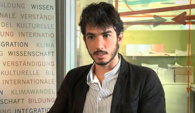 Ιταλός δημοσιογράφος παραμένει υπό περιορισμό στην Τουρκία