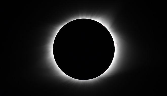 Έκλειψη Ηλίου