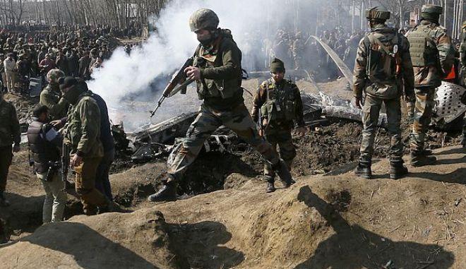 Ινδοί στρατιώτες στην Καζμίρ