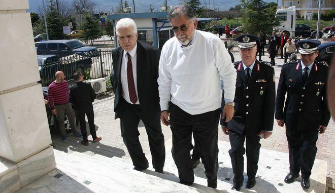 Συνάντηση του Περιφερειάρχη Στερέας Ελλάδας, Κώστα Μπακογιάννη με τον αναπληρωτή υπουργό Προστασίας του Πολίτη, Γιάννη Πάνουση την Παρασκευή 3 Απριλίου 2015. (EUROKINISSI)