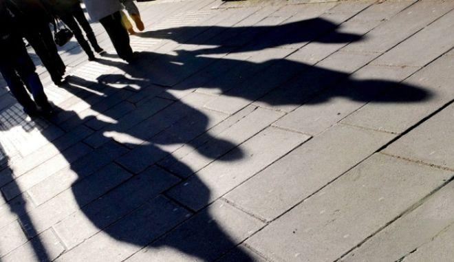 Αυξάνονται οι κατώτατοι μισθοί σε Ελλάδα και ευρωζώνη
