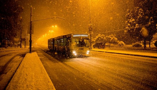 Έρχεται ο χιονιάς: Στο σκοτάδι η Βουλγαρία, βλάβη σε ρουμανικό πυρηνικό αντιδραστήρα