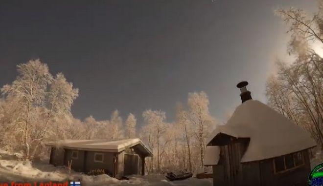 Μαγεία: Έκρηξη μετεωρίτη κάνει τη νύχτα μέρα σε λίγα δευτερόλεπτα