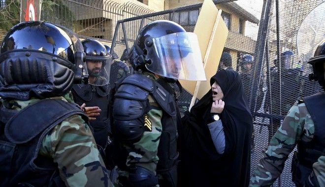 Αστυνομία στο Ιράν