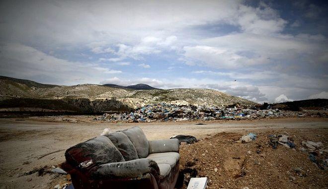 Στιγμιότυπο από τον ΧΥΤΑ Άνω Λιοσίων την Πέμπτη 24 Μαρτίου 2016. (EUROKINISSI/ΣΤΕΛΙΟΣ ΜΙΣΙΝΑΣ)