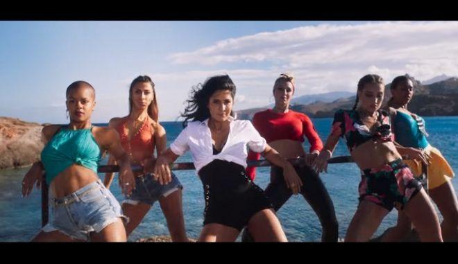 Γυρίζουν Bollywood ταινία στη Νάξο και είναι ο,τι πιο viral θα δεις σήμερα