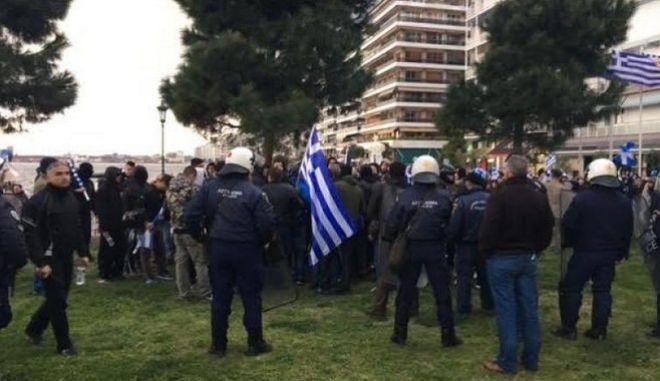 Θεσσαλονίκη: Ένταση ανάμεσα σε αντιφασίστες και ακροδεξιούς