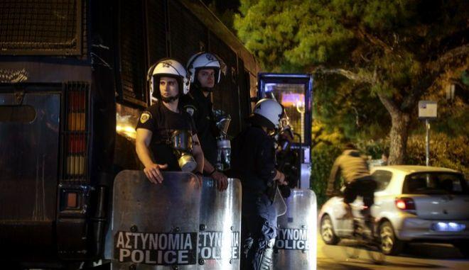 Νέα συγκέντρωση απόψε στην Πλατεία Αγ.Ιωάννου στη Αγία Παρασκευή,έντονη η παρουσία των αστυνομικών δυνάμεων