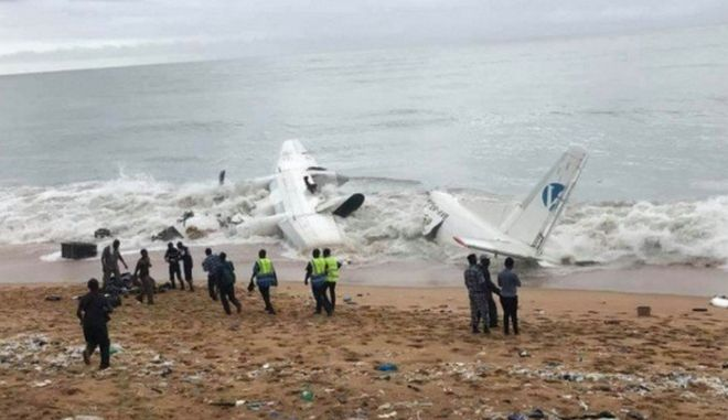 Συνετρίβη αεροσκάφος στην Ακτή Ελεφαντοστού