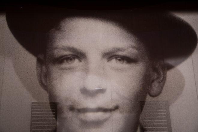 Φρανκ Σινάτρα σε νεαρή ηλικία