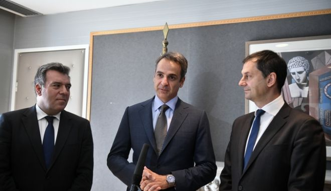 Επίσκεψη του πρωθυπουργού Κ. Μητσοταάκη στο Υπουργείο Τουρισμού, Πέμπτη 25 Ιουλίου 2019. (EUROKINISSI/ ΤΑΤΙΑΝΑ ΜΠΟΛΑΡΗ)