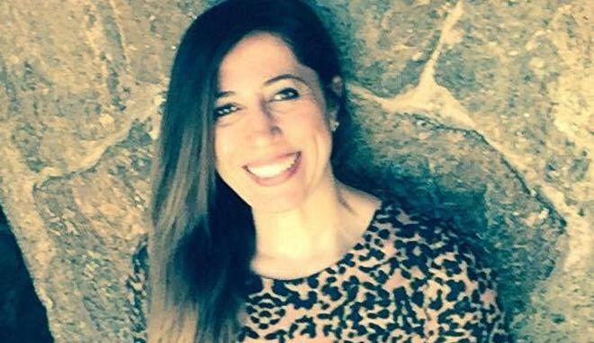 """Τρομοκρατία στην Τουρκία: Εισέβαλλαν σε σπίτι Κούρδισσας δημοσιογράφου - """"Η αδιαφορία μας σκοτώνει!"""""""