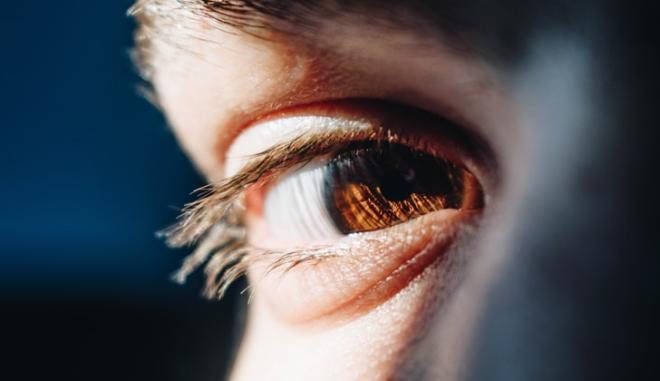 Κληρονομική Οπτική Νευροπάθεια Leber: Μήπως ευθύνεται για Αιφνίδια Απώλεια Όρασης σε Νεαρό άτομο;