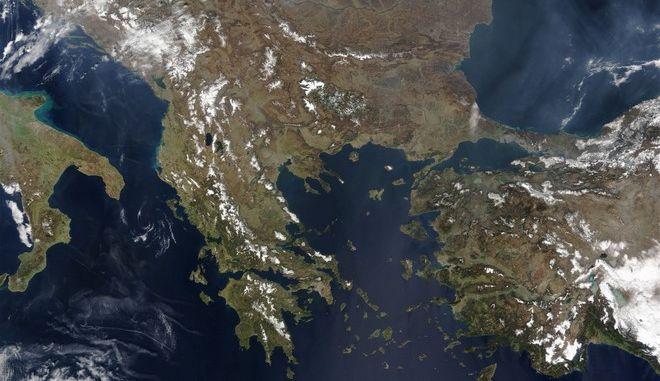 Π. Μέισον: Ελλάδα, μια κουκκίδα γης, που αξίζει να σωθεί;