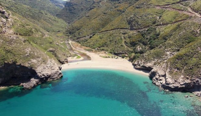 Παραλία Αγίου Δημητρίου - Εύβοια
