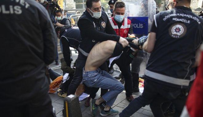 Επεισόδια και συλλήψεις την Πρωτομαγιά στην Τουρκία