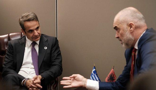 Ο πρωθυπουργός Κ. Μητσοτάκης με τον πρωθυπουργό της Αλβανίας Edi Rama