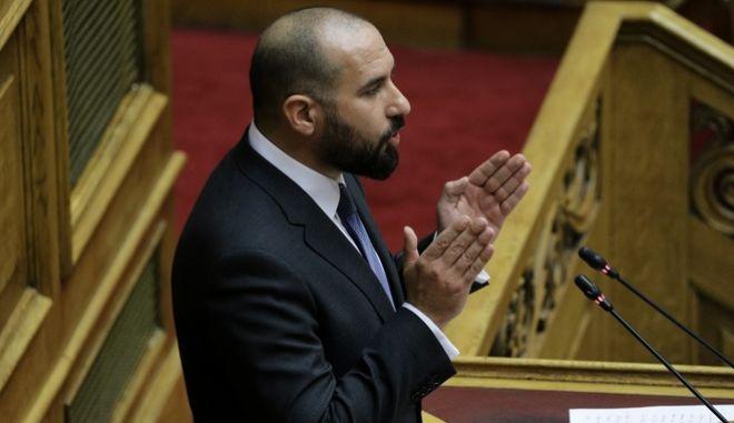 Ο Δημήτρης Τζανακόπουλος κατα τη συζήτηση στην Ολομέλεια.