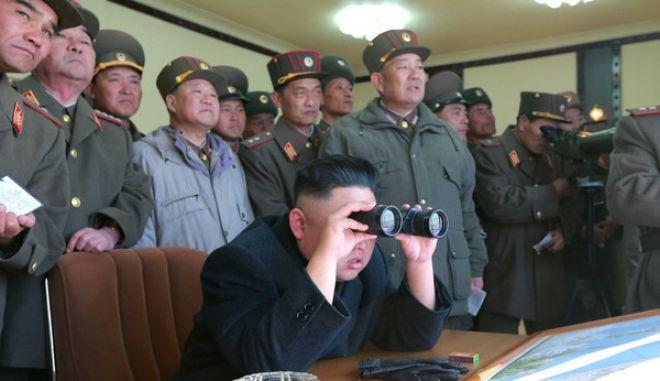 Φυλαχτείτε. O Κιμ ετοίμασε διηπειρωτικούς βαλλιστικούς πυραύλους
